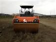 出租悍马HD138双钢轮压路机