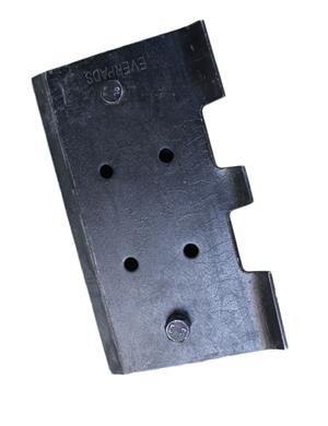 VOGELE  SUPER2100-2 Rubber track pads with bolt on